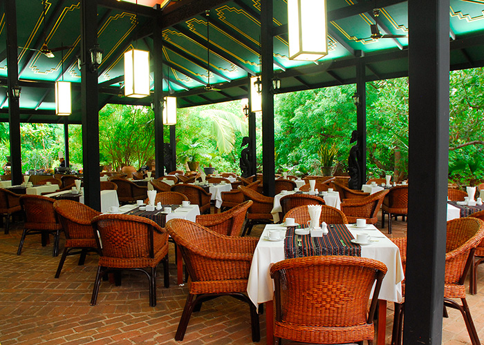 Outdoor Green House Restaurant